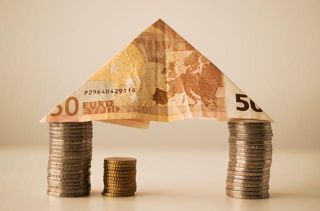 Las herencias en España. Casos, impuestos y financiación de estos.